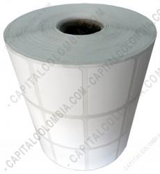 Ampliar foto de Rollo de etiquetas en papel térmico de 5.000 rótulos a tres columnas (3.2cms x 2.5cms)