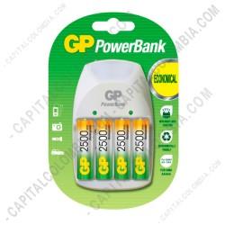 Ampliar foto de Cargador de Pilas GP PowerBank de baterías AA, AAA y 9V (cuadrada) con cuatro (4) pilas AA de 2500 mAh