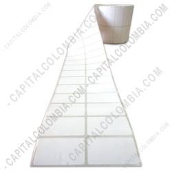 Ampliar foto de Rollo de etiquetas de transferencia (bond) de 5.000 rótulos a dos columnas (5.01cms x 2.5cms)