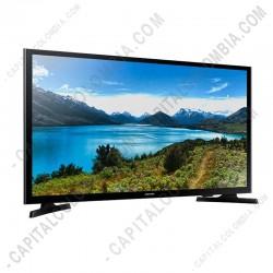 Ampliar foto de Televisor Samsung Smart TV 32 pulgadas / 1.366 x 768 / DVB-T2 / HDMI x 2 / USB x 1 (Ref. UN32J4300AKXZL)