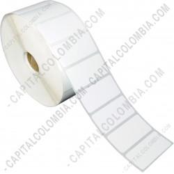 Ampliar foto de Rollo de etiquetas adhesivas en papel térmico de 2.500 rótulos a una columna (5.01cms x 2.5cms)